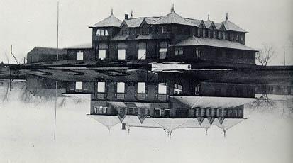 Newell Boathouse (1900).