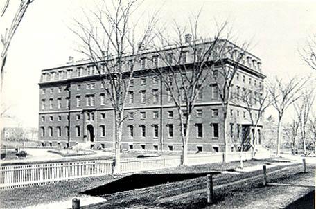 University Museums (1871).