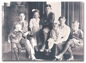Charley, Jim, Betty, Dick, Barbara, Belle, and Jimmy circa 1918