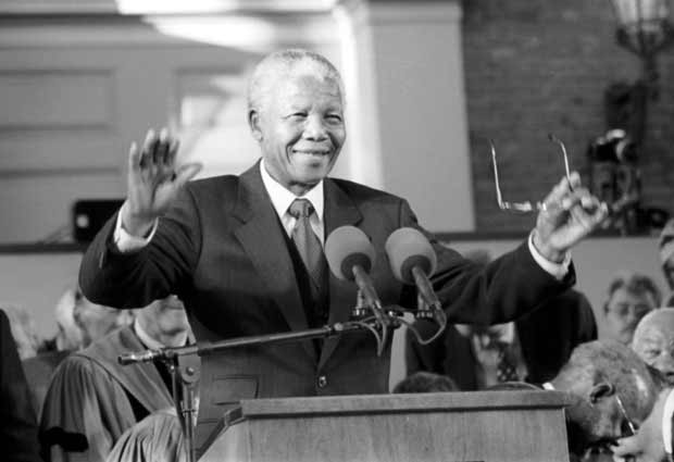 Mandela smiles  Photo by Daniel L. Cendan - Harvard Crimson