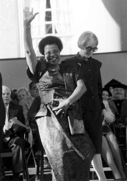 Madame Machel and Angelica Rudenstine, wives of the Presidents.  Photo by Daniel L. Cendan - Harvard Crimson