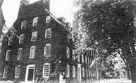 Massachusetts Hall, constructed in 1712. The oldest existing building at Harvard. Contemporary Photograph.  From <em> From Cambridge Reconsidered</em>.