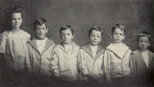 Charles Hartshorne's Siblings