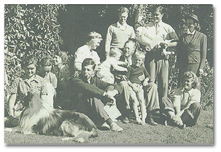 Family photo, 1938 Back: Friend, Marcia, E.T.C.F., HWFIII, Arthur, Rebecca F: Agnes, Caleb, Baby FEF, HWFII, Grandson HWFIV, Elizabeth