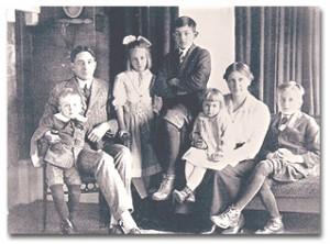 Charley, Jim, Betty, Dick, Barbara, Belle, and Jimmy circa 1918