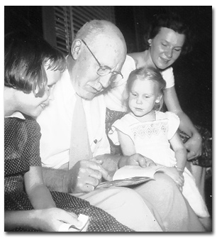 Wieman with daughter and granddaughters